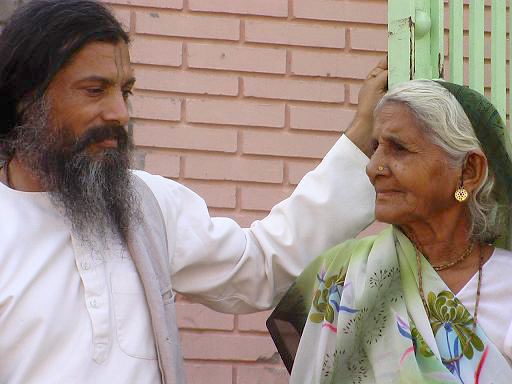 Babaji with old lady at Jiva Institute