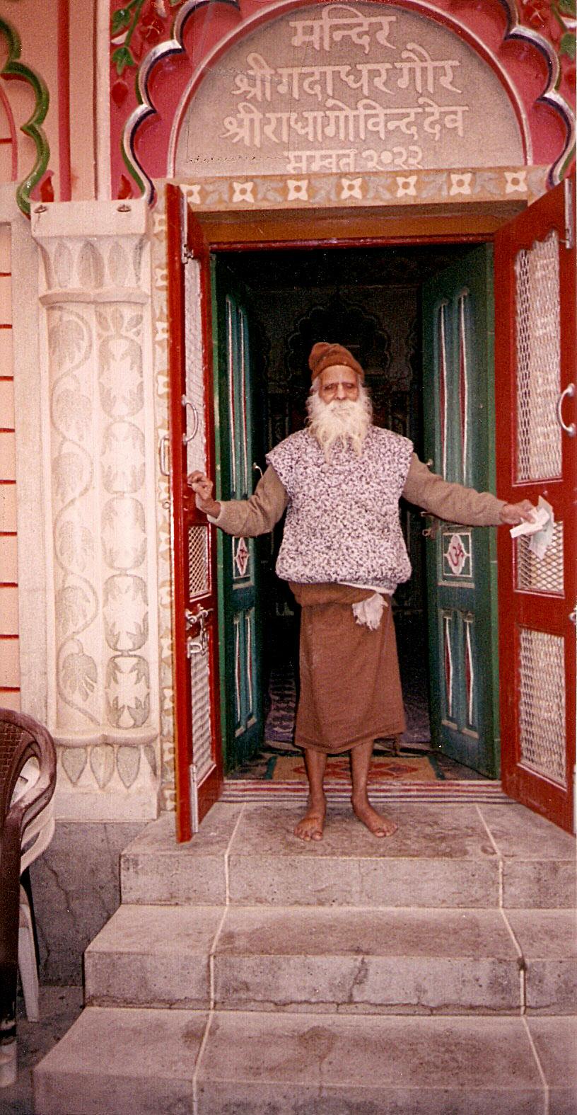 Sri Haridasa Shastri Maharajji in front of mandir