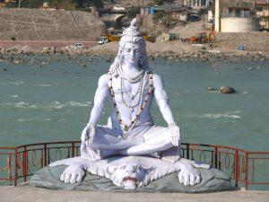 Shiva murti near Paramarth Niketan